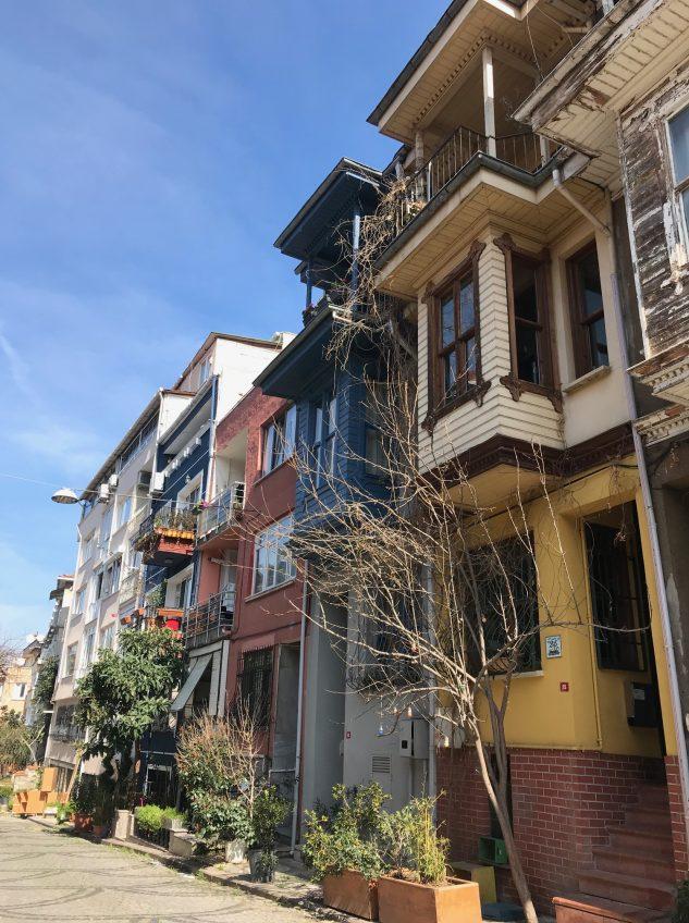 Kuzguncuk: Gezilecek Yerleri, Sokakları, Cafeleri ve Evleri