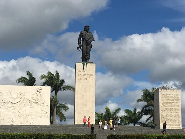 Efsanevi devrimci Ernesto Che Guevara nın Santa Clara'daki mozolesi