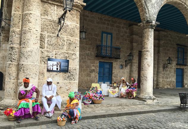 Orada Bir Ada Var Uzakta: Küba, Havana Vol.1
