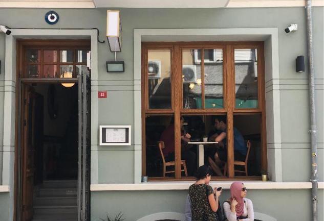 Rafine Espresso Bar: Kadıköy'ün Kahve Barı Artık Yeni Yerinde