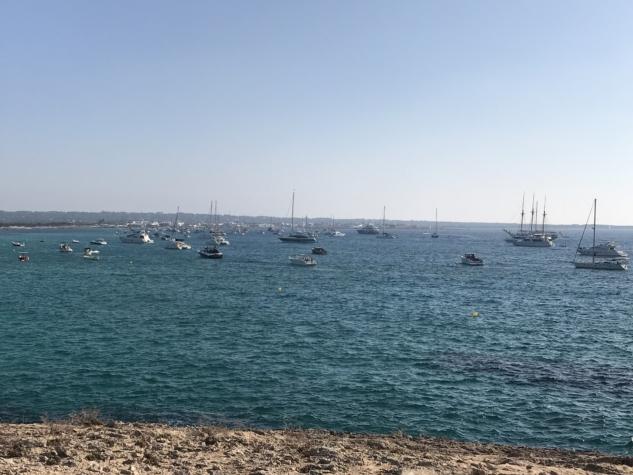 Lüks Teknelerin Uğrak Noktası – Formentera
