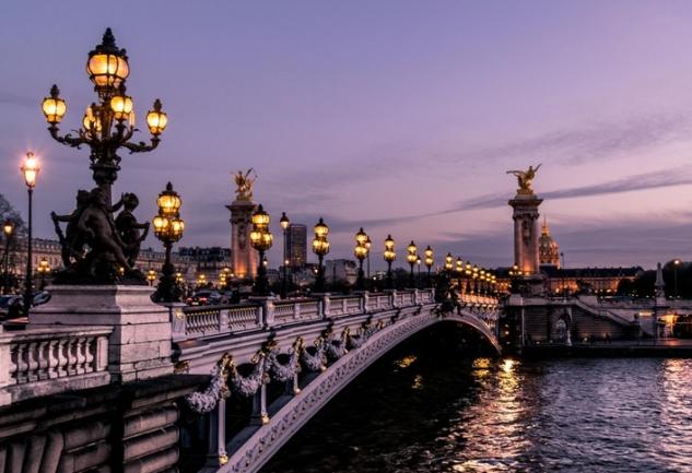 Paris'te Yaşamak: Munise Tuna Avşar ile Samimi Bir Sohbet