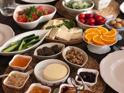Urla Kahvaltı – Fırın Vourla