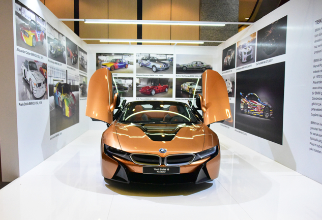 Contemporary İstanbul 2018 ve Yeni BMW i8 Roadster