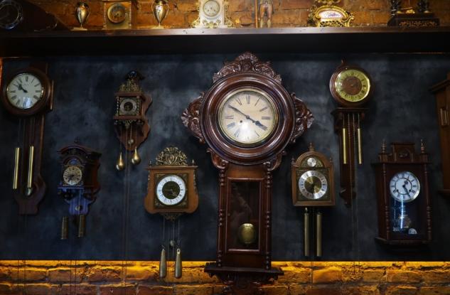 Clock Caffee