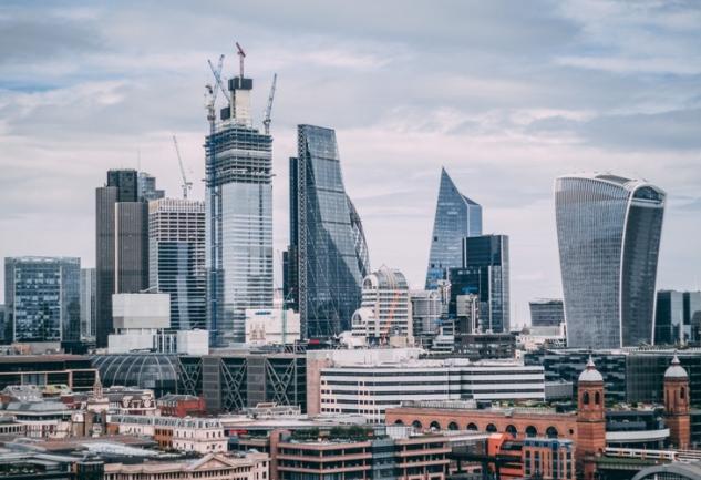 Londra'da Yaşamak: Semin Söylemez ile Keyifli Bir Sohbet