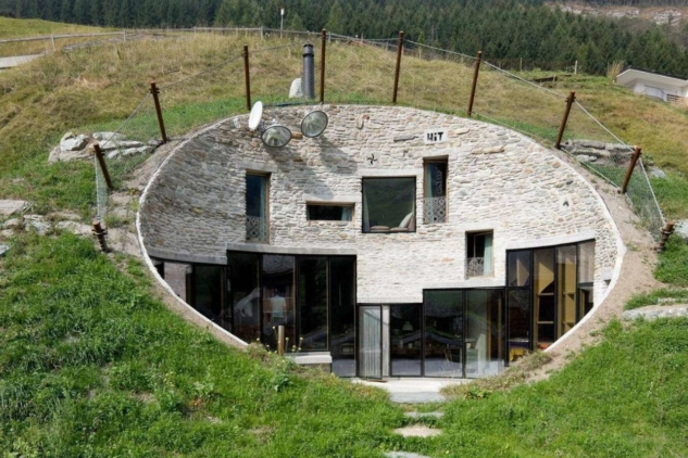 The World's Most Extraordinary Homes – Underground – popculture.com