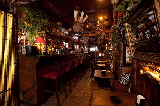 Nottingham Forest, Milano: Dünyanın En İyi Barının Peşinde
