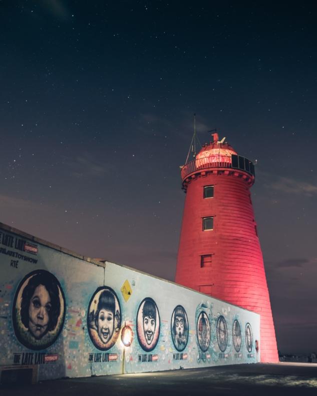 dublin – poolbeg lighthouse – cathal mac an bheatha