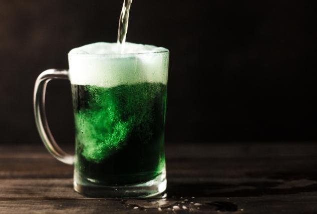 st. patrick's day – yeşil bira – patrick fore