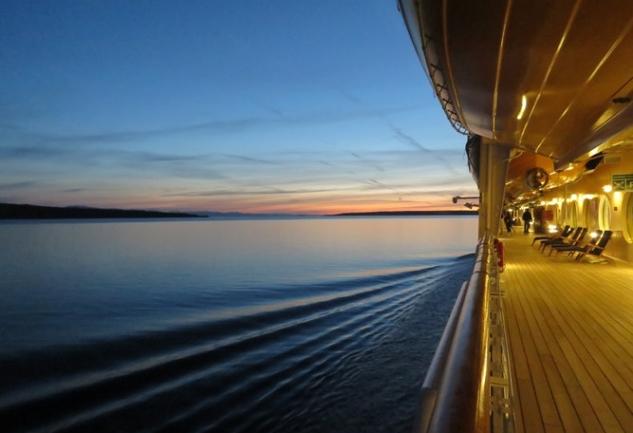 Yunanistan'da Cruise ile Masmavi Bir Deneyim: 1 Oda, 4 Ada