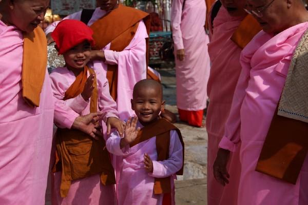 Myanmar Rahibeleri