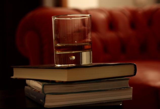 Kendini Geliştirmek İsteyenlere: Viski Hakkında Kitap Önerileri