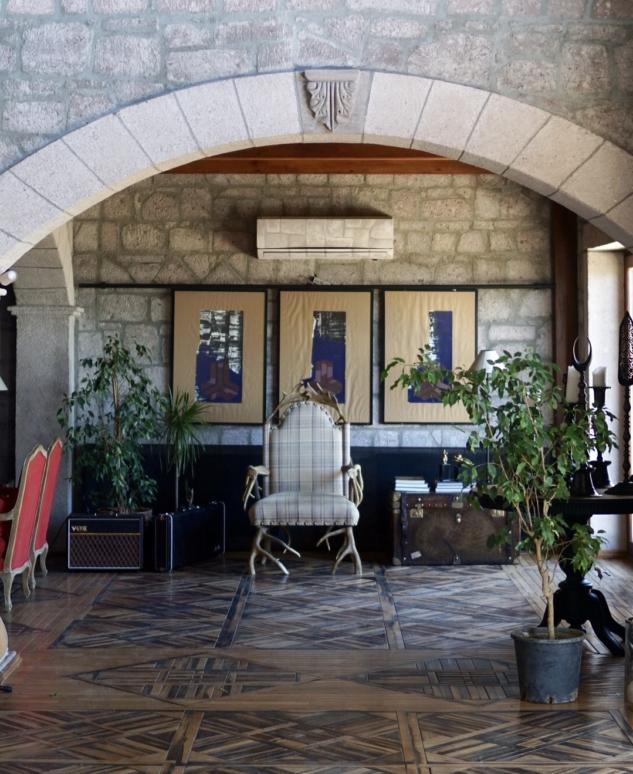 Simurg Inn