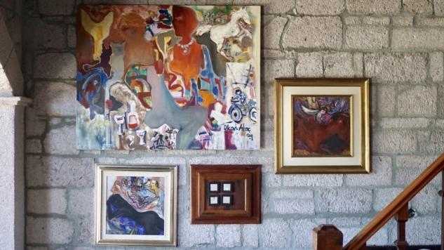 Simurg Inn Duvarlar