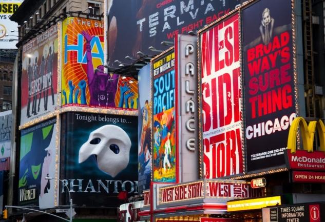 New York Sahnelerinin Renkli Dünyası: Broadway Müzikalleri