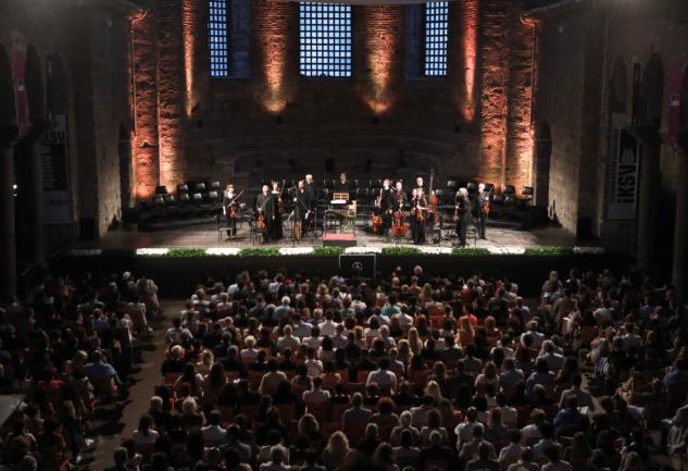 Notaların Peşinden:  Türkiye'deki Opera ve Klasik Müzik Festivalleri