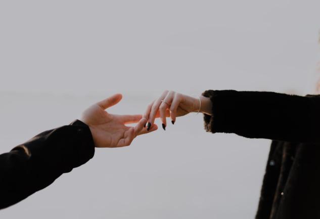 Bağ-lan-ma: Modern Zamanlarda Aşk Yorulmuş Mudur?