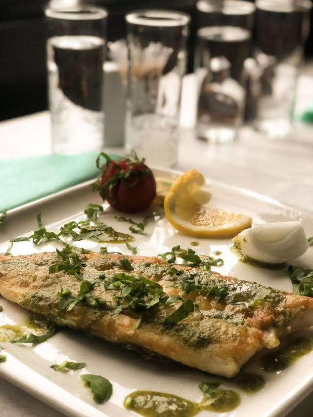 Küçük Ev Balık Restaurant: Tekirdağ Yolunda Müthiş Lezzetler