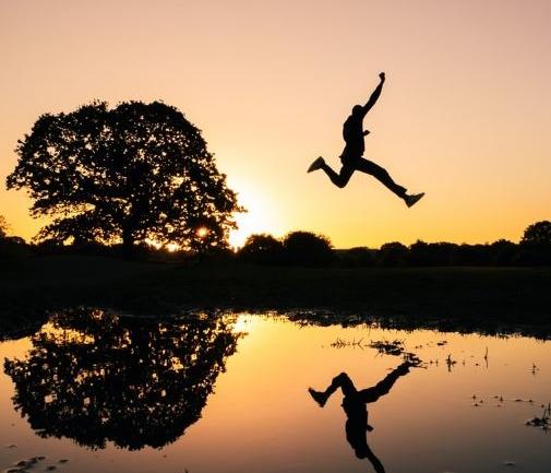 İlhamınızı Kendiniz Yaratın: Ritüeller, Arayış ve Hayal Gücü
