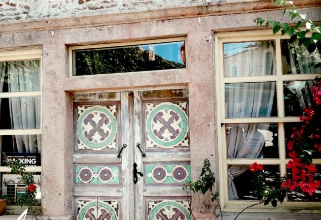 Yeniçarohori: Ayvalık Küçükköy'de Bir Sanat Köyü