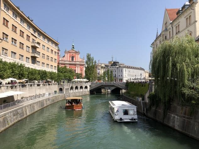 Preseren Meydanı ve Triple Bridge
