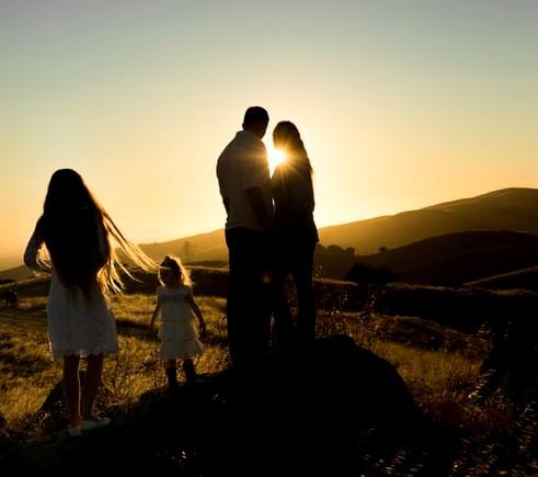 Seninle Başlamadı: Tanımadığım Aile Üyelerime Armağanım