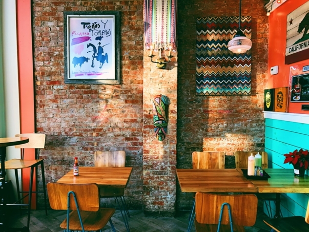 Restoran – Katlyn Giberson