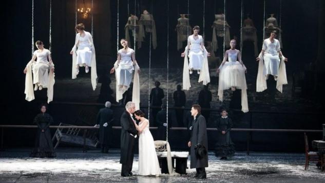 Bir Rus Masalı: Yevgeni Onegin, Eugene Vakhtangov Theatre