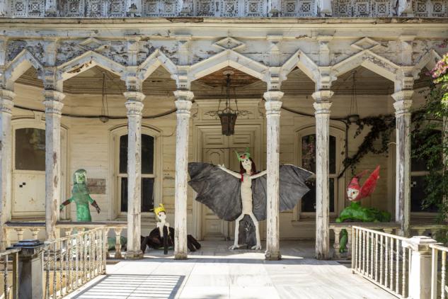 Monster Chetwynd, Hibrit Yaratıklar, 2019 | Fotoğraf: Sahir Uğur Eren