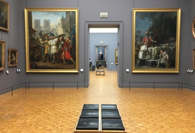 Louvre'u Gezmek: Dünya'nın En Büyük Müzesi
