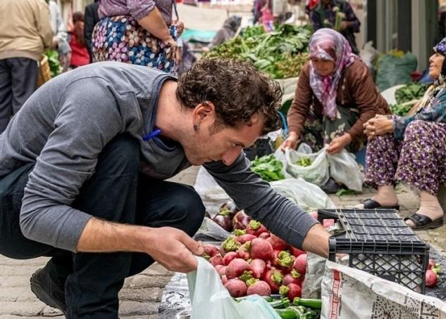 Tire'yi Tanımak: Şef Serkan ve Deniz Çakır Anlatıyor