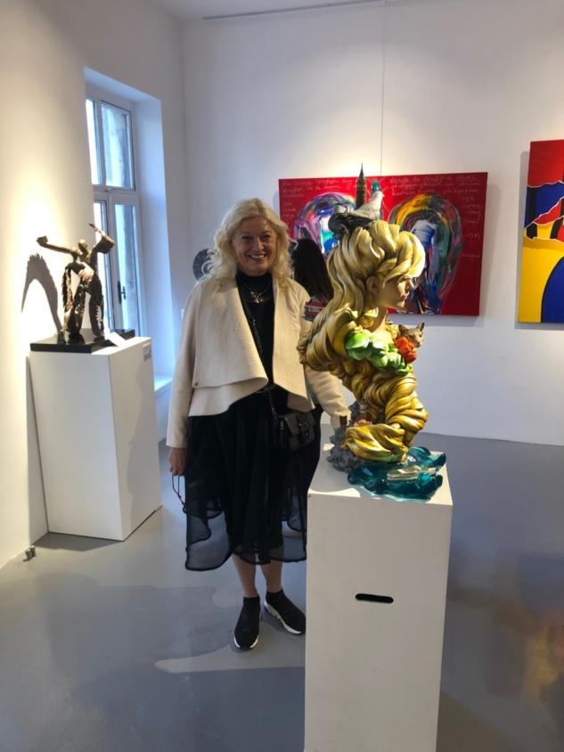 Eylül ayında Art Weeks Akaretler'de sergilenen İstanbul Heykeli ve yaratıcısı Maria Kılıçoğlu