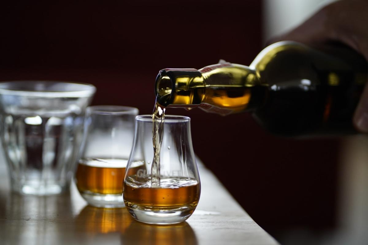 6 Maddede Viski Hakkında Bilmeniz Gerekenler | Fotoğraf: Unsplash / Dylan de Jonge