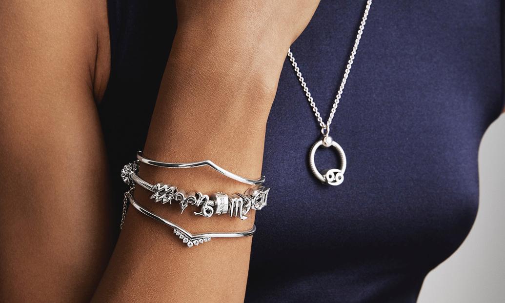 Pandora İle Yeni Yıl Işıltısı: Charm'lar İle Işıldayın!