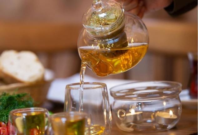 Beta Tea House: Yeni Han'da Çay Kokulu Bir Dükkan