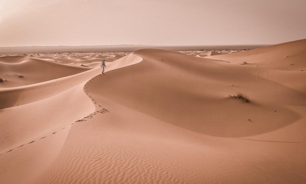 Merzouga Çölü | Fotoğraf: Unsplash / Rubén Bagüés