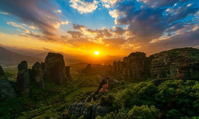 Meteora'da Gün Batımı