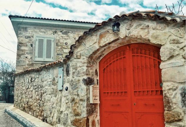 İzmir'de İki Keyifli Köy: Bademler ve Barbaros!