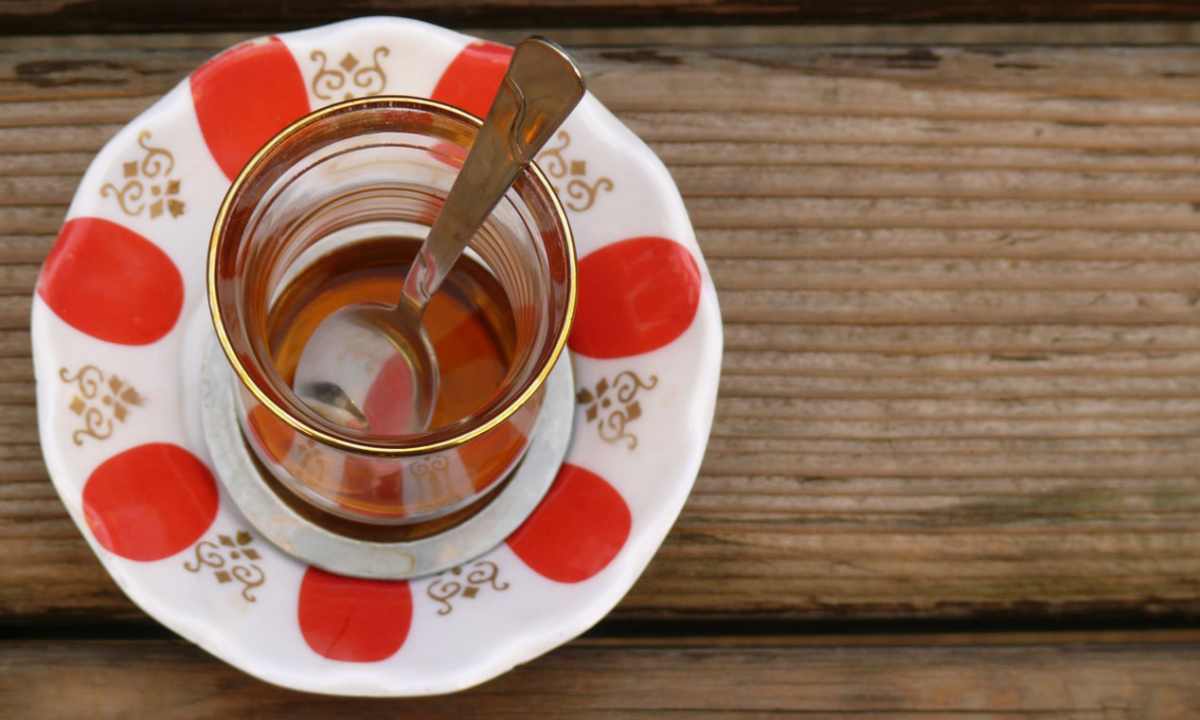 Sade Türk Çayı