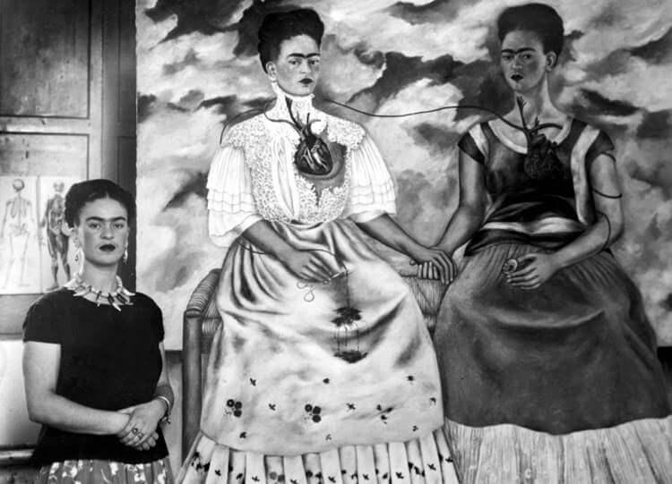 İki Frida Tablosu
