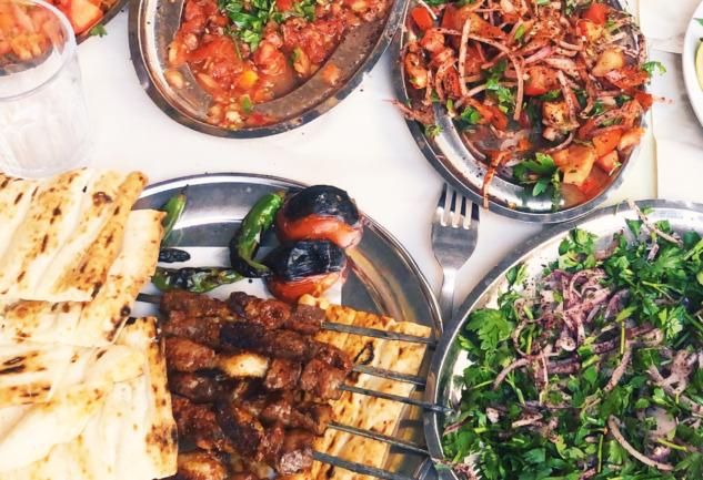 Adana Yemekleri: Yolunuzu Adana'ya Düşürecek Lezzetler
