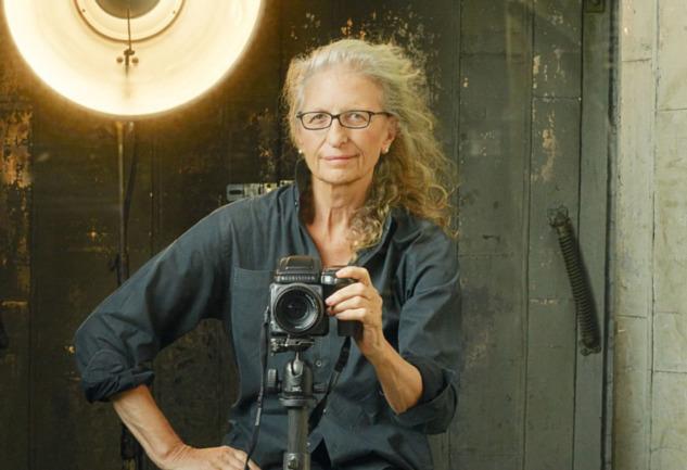 Annie Leibovitz: Çok Konuluşulan Fotoğrafların Yaratıcısı