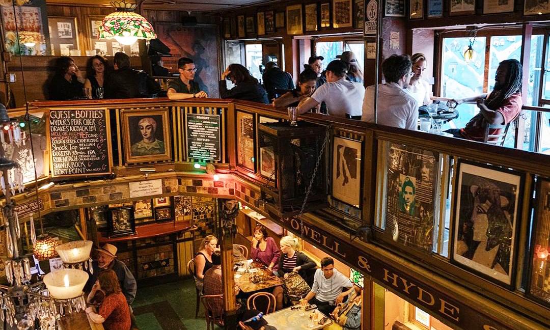 Vesuvio Cafe, San Francisco