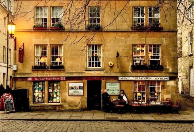 The Bath Bun Tea Shoppe: İngiltere'nin Tarihi Çay Dükkanı
