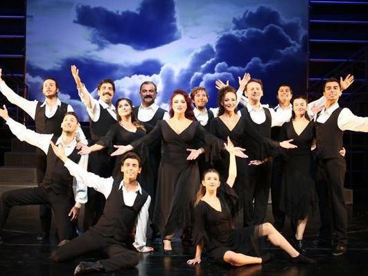Böyledir Bizim Sevdamız: Eskişehir'de Doğan Bir Müzikal