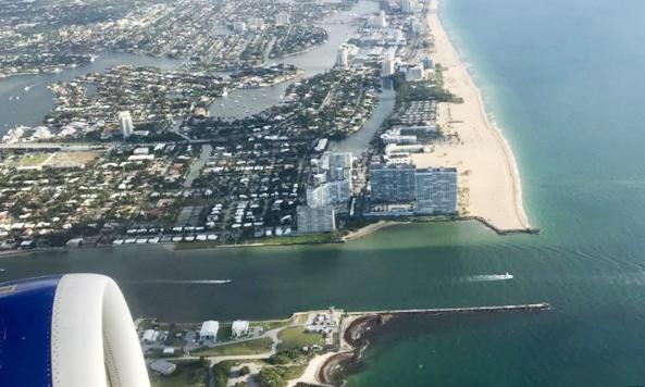 Havadan Fort Lauderdale sahili