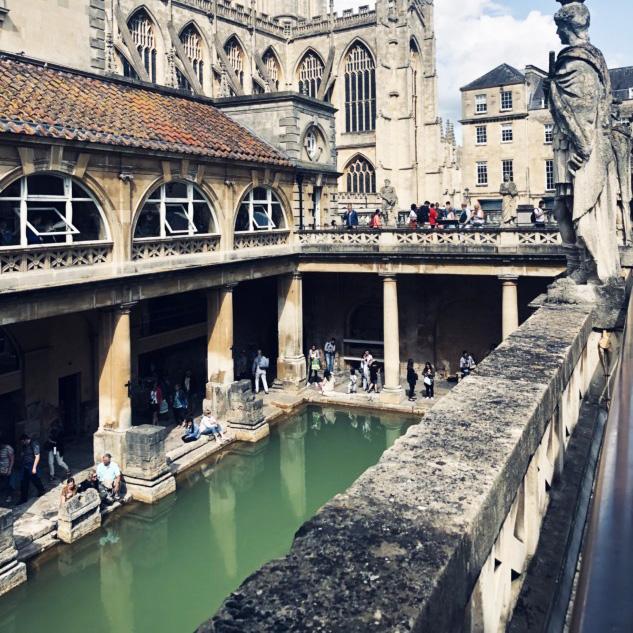 Roma Banyoları