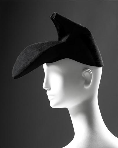 Ayakkabı Şapka