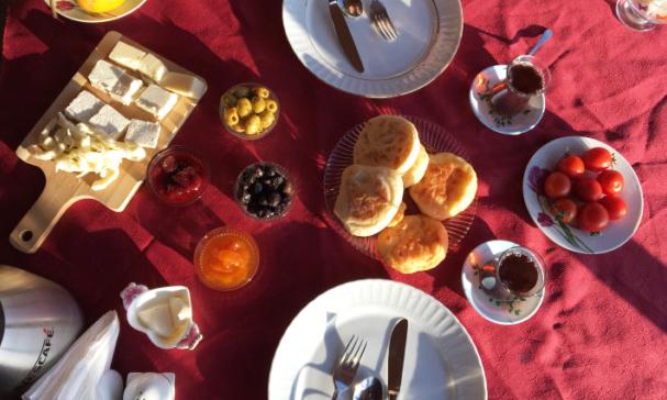 Taka Ev Kahvaltısı